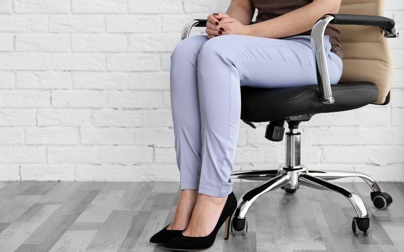 a good office chair can prevent tailbone pain