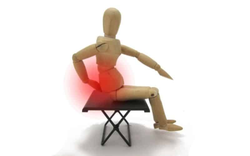what causes tailbone pain when you sit