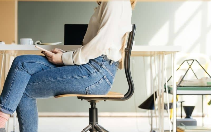 why does my tailbone hurt when i sit in my office chair